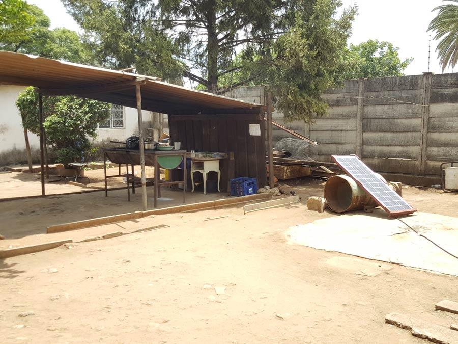 A backyard restaurant powered with solar